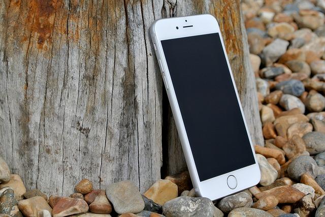 iphone-6-458159_640